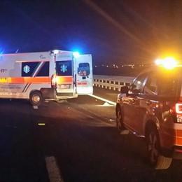 Auto si ribalta a Zingonia Due persone ferite nella notte