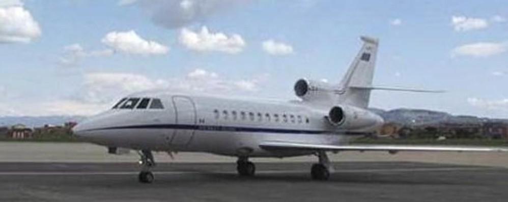 Bambino di 9 anni in pericolo di vita trasportato dall'Aeronautica a Bergamo
