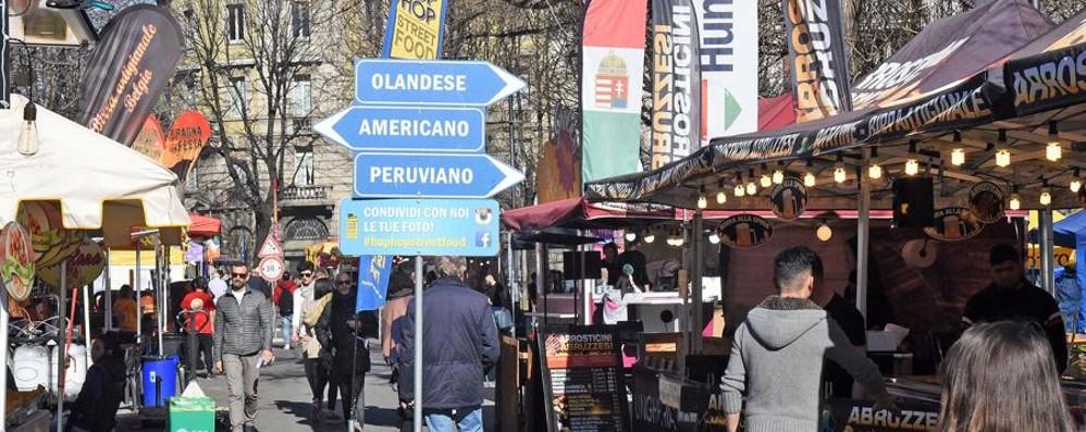 Torna lo street food in piazzale Alpini Cucina «pop» dall'Italia e dal mondo