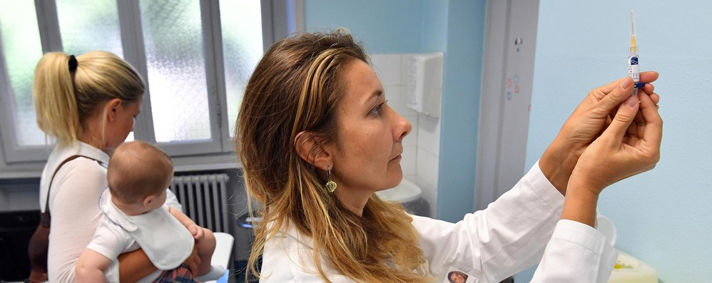 Vaccini: al via iniziativa Ue per aumentare copertura