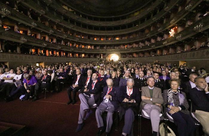 Teatro Donizetti l'incontro inaugurale di BergamoScienza