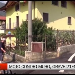 Berzo - Moto contro muro, grave ventunenne