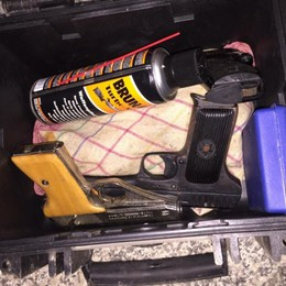 Pistole nascoste nella villa di lusso 7 arresti per detenzione illegale di armi
