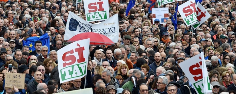 Italia troppo lenta  Economia ferma