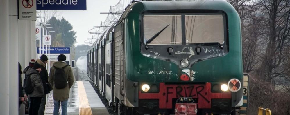 Trenord oltre quota 800 mila passeggeri «Ma il sistema della mobilità va cambiato»