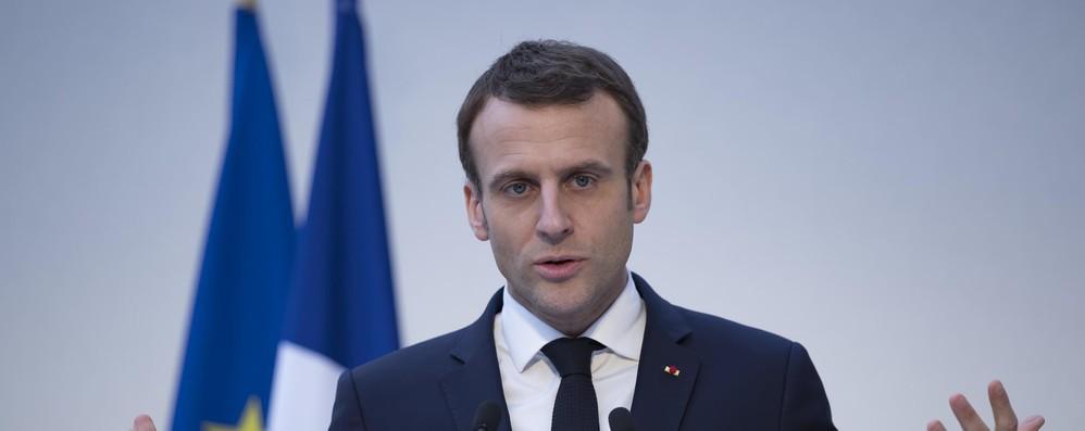 Macron ai francesi, trasformiamo la rabbia in soluzioni