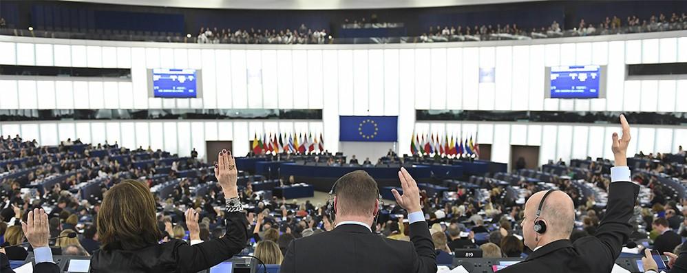 Europee: sanzioni a partiti che violano dati personali in Ue