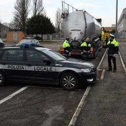 Muore camionista di Terno d'Isola  Asfissiato mentre pulisce la cisterna