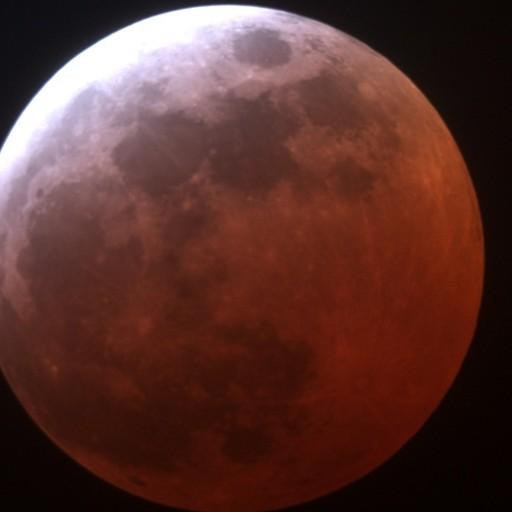 Cielo Rosso Di Notte.Occhi Al Cielo Questa Notte Maxi Luna Rossa E All Alba Eclissi