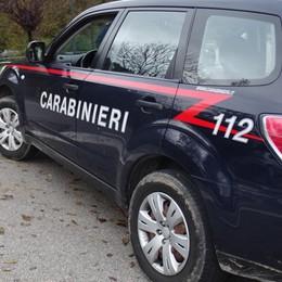 Caravaggio, 43enne ai domiciliari Aggredisce carabinieri, arrestato