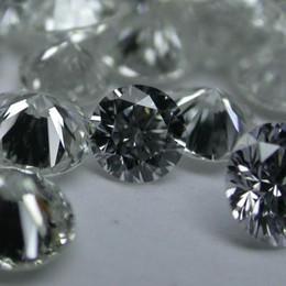 Diamanti, brutte notizie per i risparmiatori «Società fallita, ritardi nei risarcimenti»