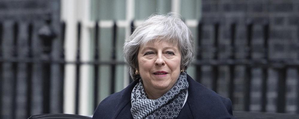 Brexit: May dialogo sì, rinvio dell'uscita no