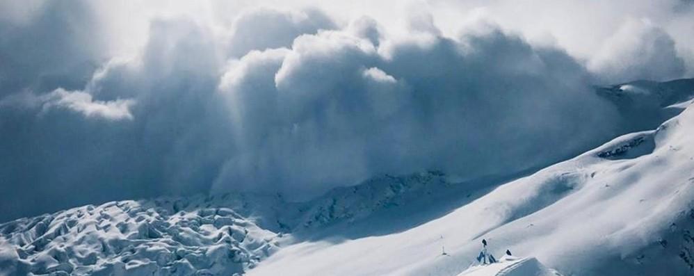 Valanghe sul Manaslu, soccorsi per Moro «Rinuncio alla quinta vetta invernale»