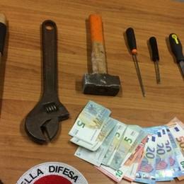 Prima il furto al bar e poi la fuga in bici Stezzano, arrestati due ladri nella notte
