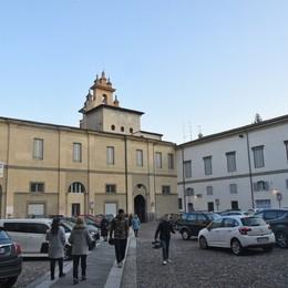 Città Alta, supermarket vicino al museo La lettera: «Tutelare piazza Cittadella»