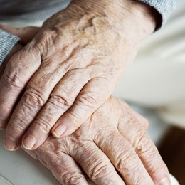 Sostegno per anziani fragili e disabili Ecco i voucher, al via le domande