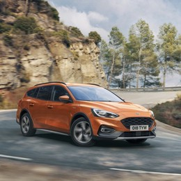 Ford Focus Active completa la gamma