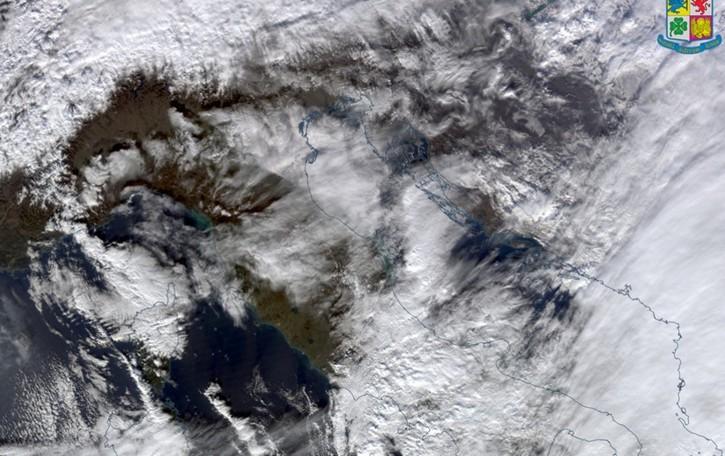 Meteo, torna il vento caldo -Video Neve solo al centro-sud e oltre le Alpi