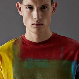 A tutto colore, ripensando la t-shirt Cividini lancia la capsule «Wow»
