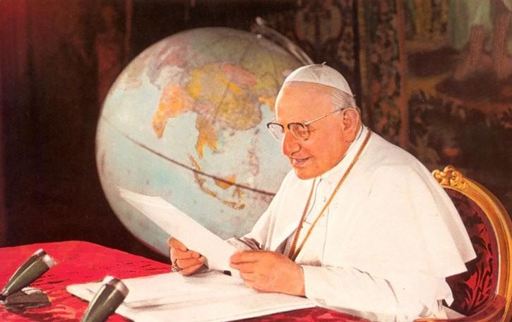 Oggi è San Giovanni XXIII Papa 57 anni fa il «discorso della luna»