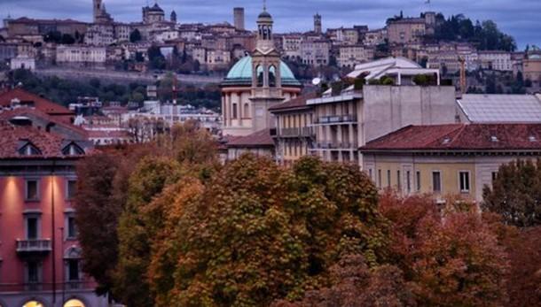 «Città Alta incorniciata d'autunno...»