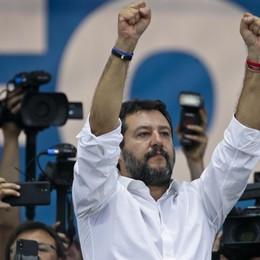 Manovra anti-Salvini e qualche bandierina