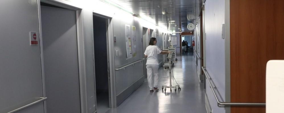 Minacce e sala d'aspetto occupata da rom Ospedale: intervenuti, anche con la polizia