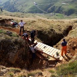 Un ponte che può salvare la vita Al lavoro il Soccorso alpino - Foto