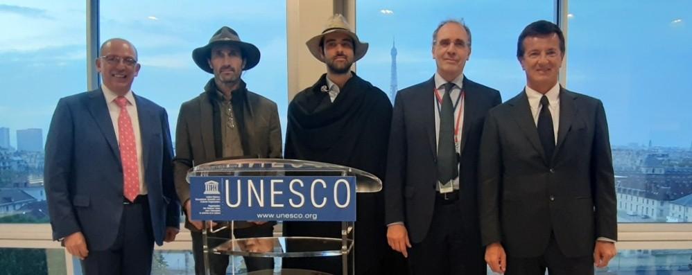 Candidatura Unesco, Bergamo va a Parigi Con Gori i formaggi delle valli di Bergamo