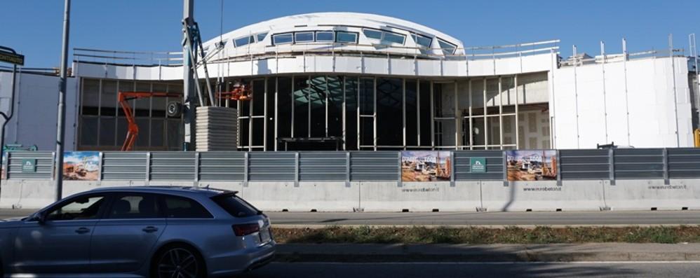 Curno, lavori al centro commerciale Nuova ala «food» pronta a fine novembre