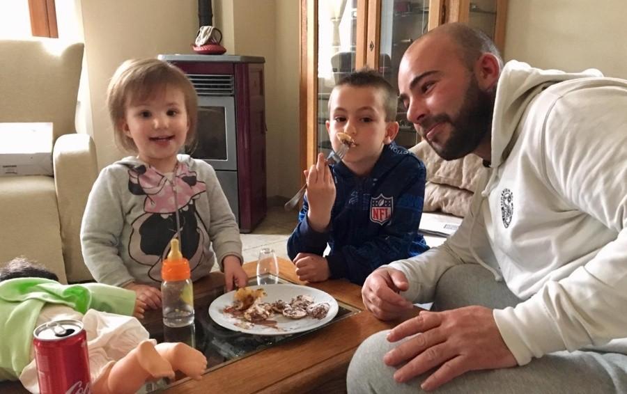 Malore in pizzeria: muore a 36 anni Il dolore a Zogno: «Paolo ci mancherai»