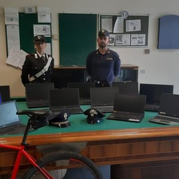 Raffica di furti in tre aziende di Bolgare Visti dalle telecamere, arrestati due ladri