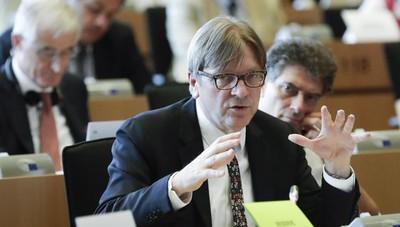 Brexit: Verhofstadt, prima deve votare Gb, poi toccherà a Pe