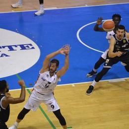 Bergamo basket, troppe sconfitte Urge un rinforzo per l'operazione-risalita