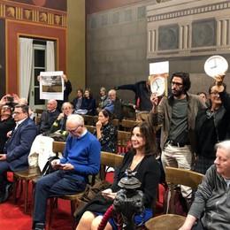 Bergamo, la protesta dei No parking Sospeso il Consiglio comunale