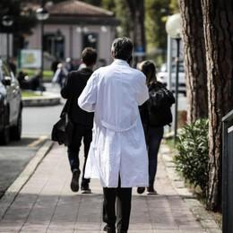 Gli specializzandi negli ospedali lombardi In Bergamasca saranno operativi in 150