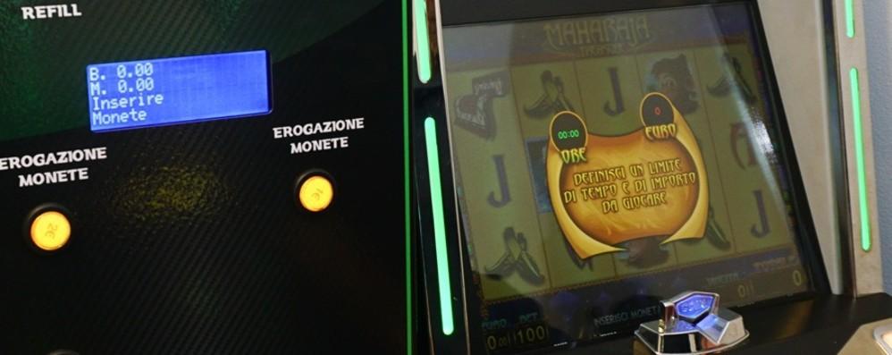 Minorenne gioca ai videopoker Albino, oltre 6 mila euro di multa