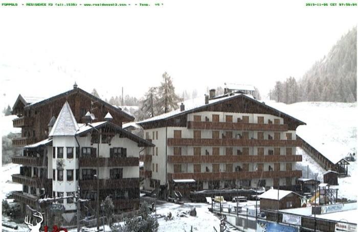 La webcam a Foppolo segnala neve