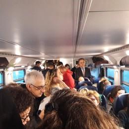 «Sui treni un affollamento disumano E non funziona il servizio reclami»