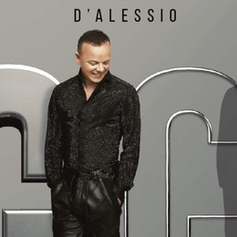 Gigi D'Alessio a Stezzano A Le Due Torri per «Noi Due»