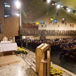 Il vescovo alla Messa di Ognissanti «La memoria aiuta a ricordare il bene»