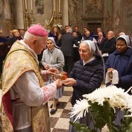 Le reliquie dei Santi  Comensoli e Spinelli «Un esempio per vivere la nostra fede»