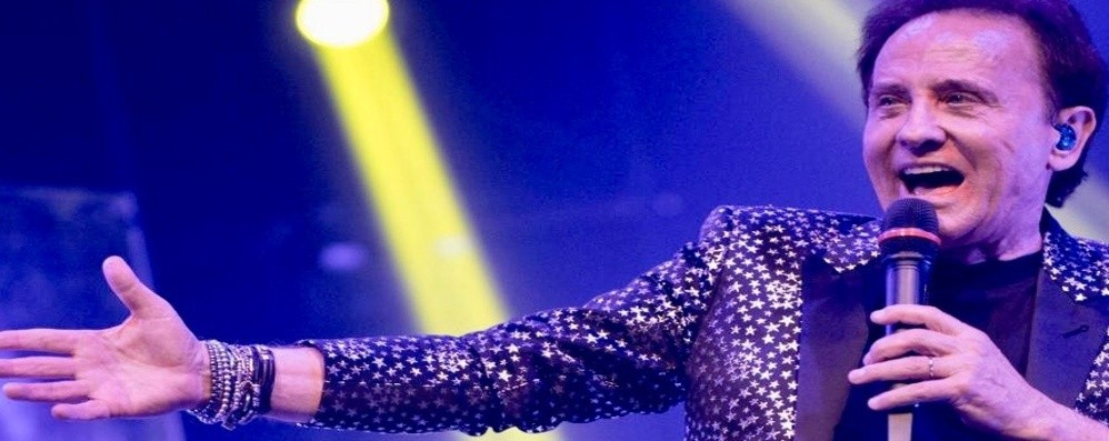 Roby Facchinetti, gran finale di tournée Il suo regalo per la notte di Santa Lucia