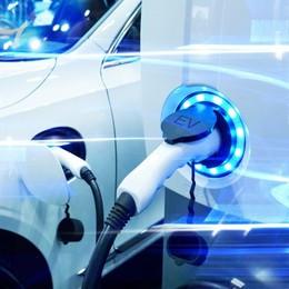 Sensori, dati e connessioni: l'auto elettrica pilastro della  smart city