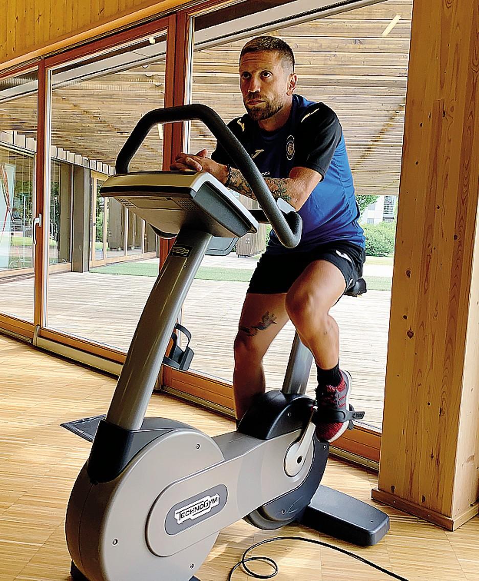 Anche il  Papu Gomez sarà coinvolto nel rilancio degli impianti sportivi del Villaggio degli Sposi