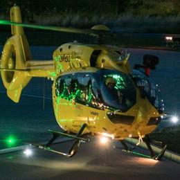 Costa Volpino, schianto in moto Arriva l'elisoccorso, grave 26enne