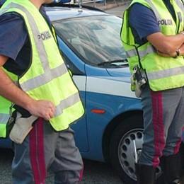 Seriate, contromano al casello A4 Bloccato 27enne ubriaco: l'auto era rubata