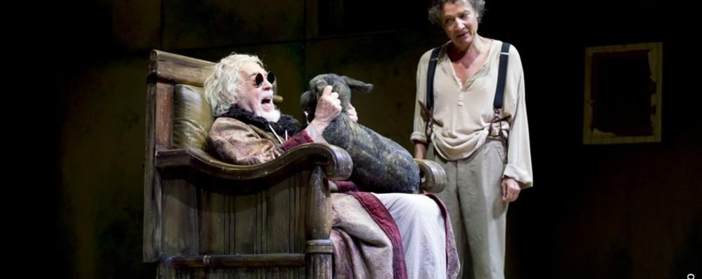 Boom di abbonamenti a teatro  Aggiunte tre nuove date, biglietti in vendita
