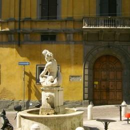 L'amore dei bergamaschi per la città 400 mila voti per la Fontana del Delfino