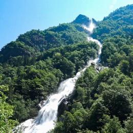 Ha riaperto la cascata più alta d'Italia Spettacolo in Val Fondra - Video